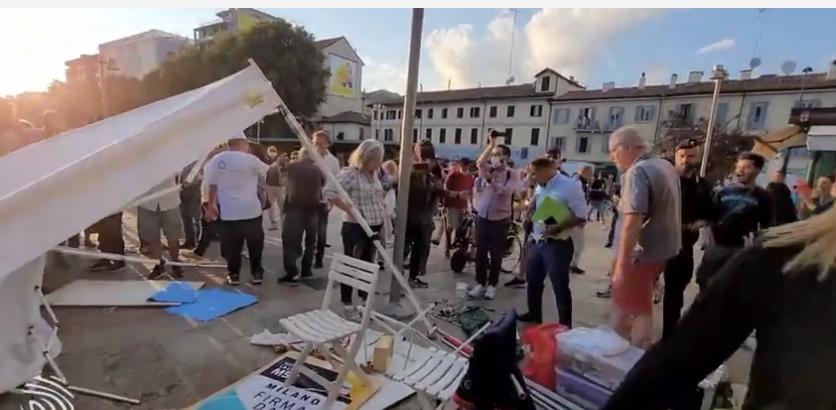 Politicians ATTACKED At MASSIVE Anti-Vaccine Passport Protest In Italy!  Image-129